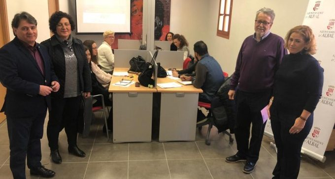 Albal obri l'espai Coworking amb un curs d'emprenedoria