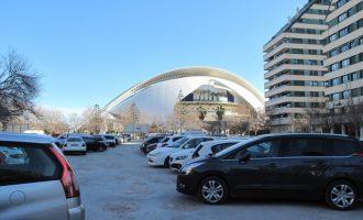 Es condicionen dos solars a Campanar i Quatre Carreres per a l'estacionament en superfície