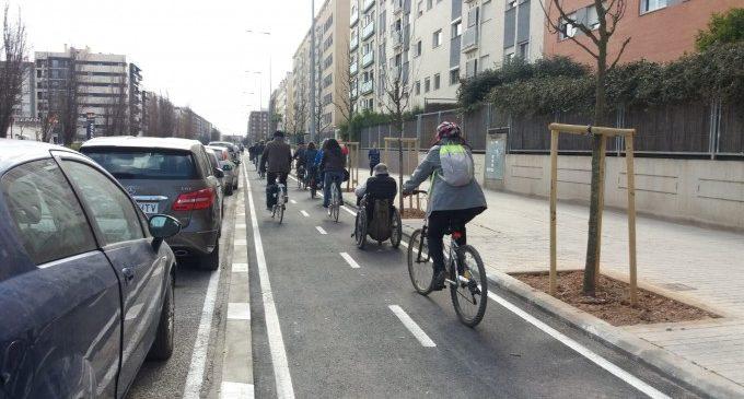 Bicifestación a favor de los carriles bici y contra las voces que quieren revertirlos