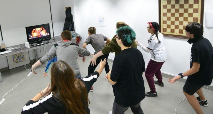 Otakuvers, K-Pop, jocs de taula, creació d'APPs, escape room i Erasmus + en l'Agenda Jove d'Hivern de Paiporta