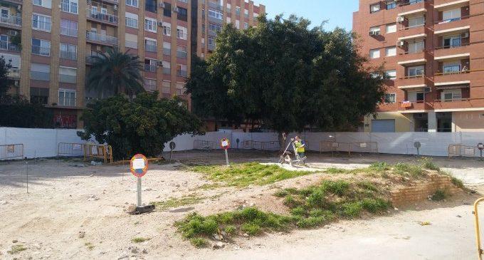 Comencen les obres del nou jardí que recuperarà les restes de l'alqueria de la Creu Coberta
