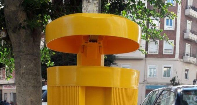 Es reforça la instal·lació de papereres per a envasos a Ciutat Vella i L'Eixample