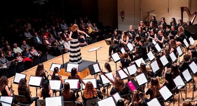 Las partituras son violetas: la fuerza de las mujeres crece en la música