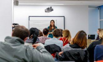 Mislata reprén la seua Escola de Famílies amb una xarrada sobre sexualitat en l'adolescència