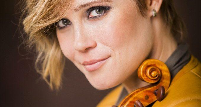L'Orquestra de València i Leila Josefowicz interpreten el neoclàssic concert per a violí d'Igor Stravinski