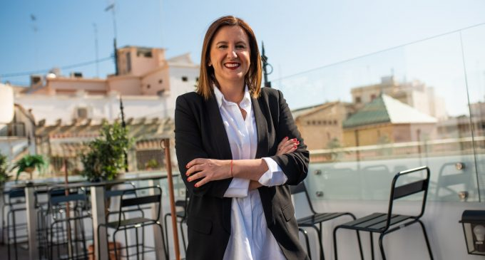 """Català vol ser """"eixa alcaldessa lluitadora que demana, que reivindica i que aconsegueix assoliments per a la seua ciutat"""""""