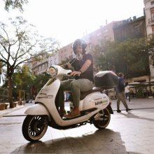 Rocafort se conecta con Valencia y Burjassot con moto eléctrica