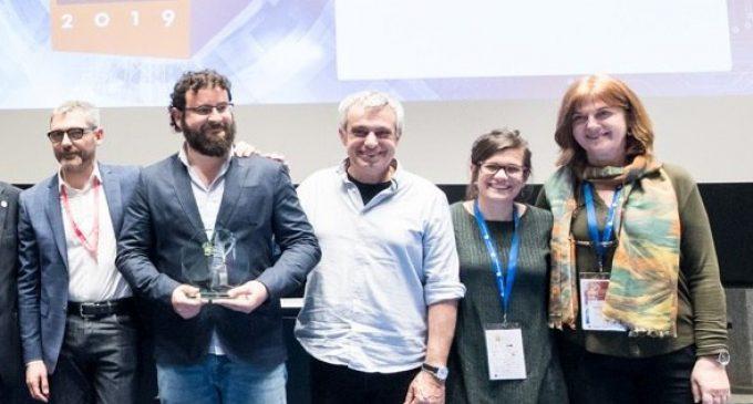 Diàlegs Joves als Barris rep el premi al millor projecte en Transparència i Bon Govern