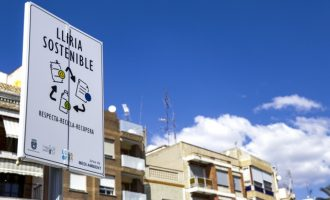 El Ayuntamiento de Llíria instala nuevas señales verticales para la ordenación del aparcamiento durante las fiestas