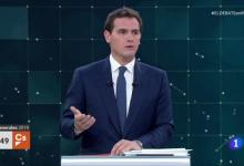 Rivera compra les tesis de Cantó i Bonig per a assegurar que el castellà