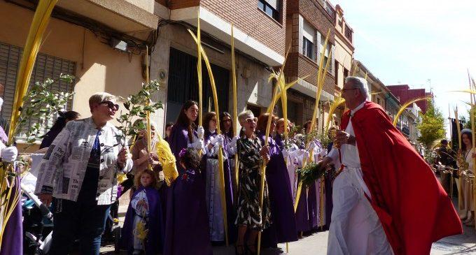 Més de 1.000 persones inicien la Setmana Santa a Albal, amb el Diumenge de Rams