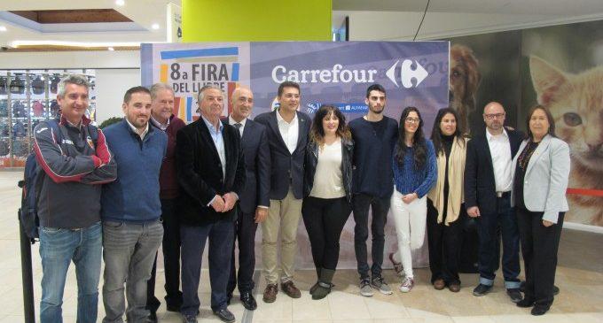 Alfafar i Carrefour aposten per les i els autors locals