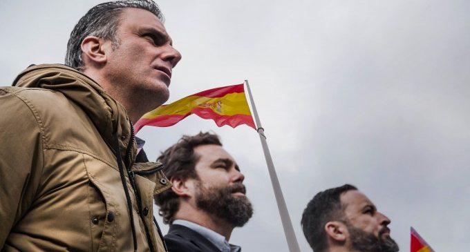 El PP abre las puertas a Vox para integrar la coalición de 'España Suma' y hacer frente a la fragmentación de voto