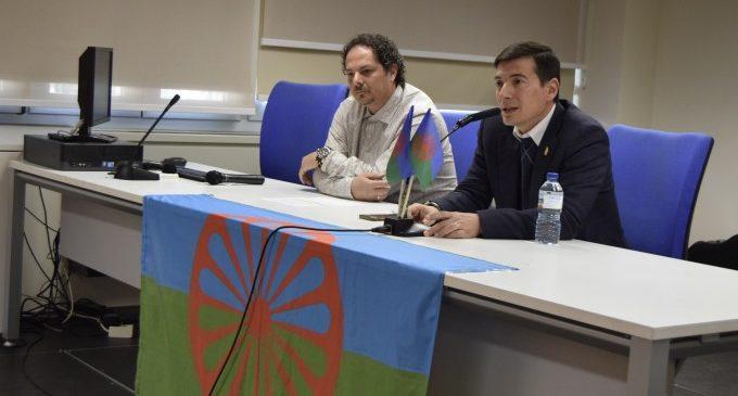 La comunitat gitana celebra el seu dia en Burjassot