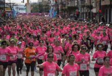 Una marea rosa de 17.000 dones protagonitza la Carrera de la Dona 2019
