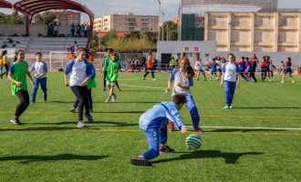 Cerca de 1.200 jóvenes se dan cita en Mislata para practicar colpbol