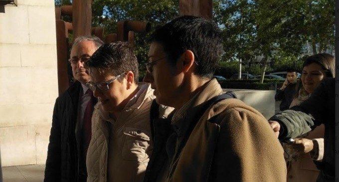 Declaren la diputada Isabel García i l'expilot 'Champi' Herreros per una presumpta malversació en una subvenció