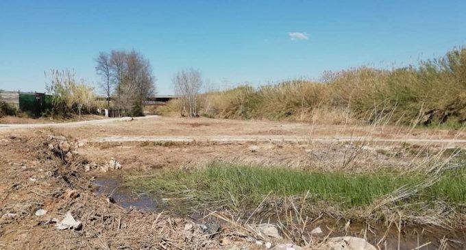 Finaliza el primer tramo de limpieza del río Turia en Manises