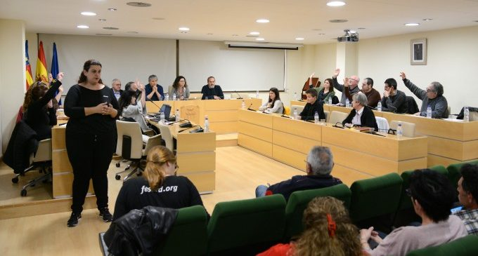 Solo 12 mociones en 4 años: el PP olvida su compromiso con Paiporta