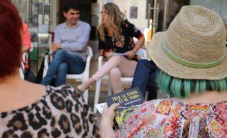 Última sesión antes el verano del club de lectura del Voluntariat pel Valencià de Torrent