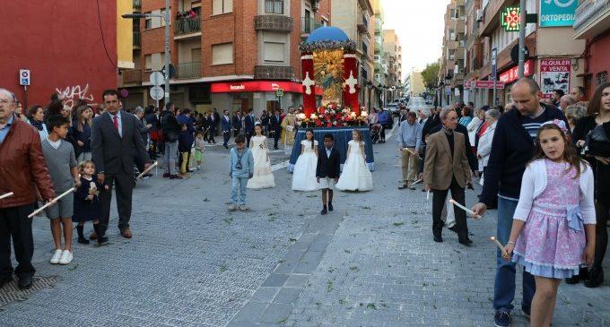 Torrent celebra la tradicional festa de la Verge del Rosari