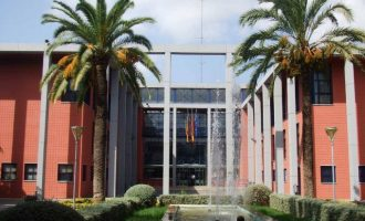 Dos institutos de Xirivella renuevan el Programa Aula Compartida, contra la exclusión social