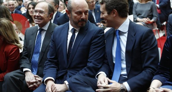 """Casado presenta el PP com el """"dic de contenció"""" contra els """"governs d'esquerres i d'extrema esquerra"""""""