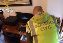 Detingut a València un home amb més de 100 imatges de material de pornografia infantil