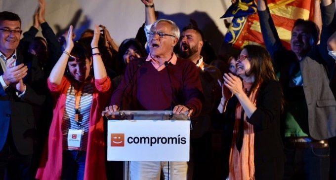 """Ribó, l'alcalde del 'canvi' que no va voler """"ni la vara ni el comandament"""" es consolida quatre anys més"""