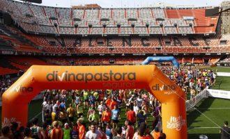La tercera Volta a Peu Valencia C.F. concluirá en el Mestalla