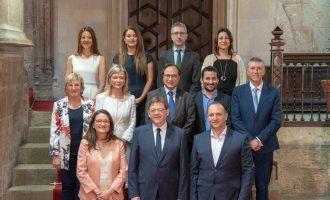Els nous consellers i conselleres juren i oficialitzen el 'Botànic d'Alacant'
