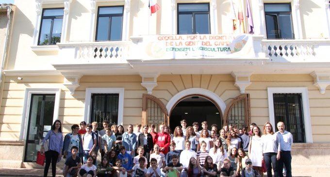 Alumnat dels centres Gençana de Godella i Le Qintinye de Noisy le Roi realitzen un intercanvi