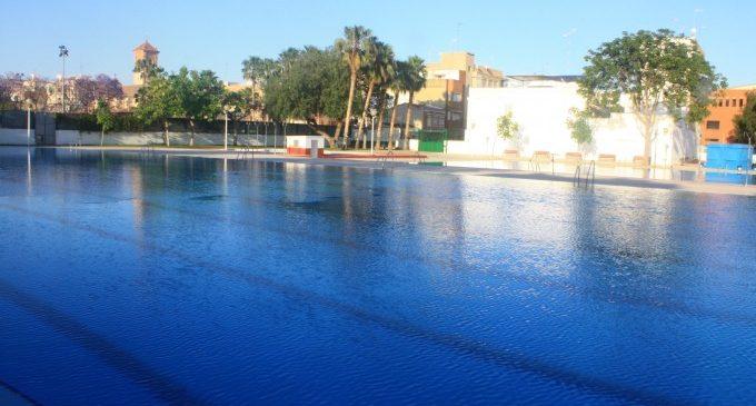 Burjassot obri la seua piscina d'estiu i manté els preus de les entrades