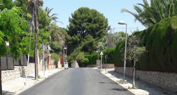 Paterna millora la mobilitat de la ciutat amb l'asfaltat del carrer principal de Montecañada