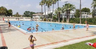 Ven a bañarte este verano a la piscina municipal de Picassent