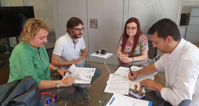 Benetússer signa un conveni de col·laboració amb Alfafar per a augmentar el nombre d'efectius policials durant les seues Festes Majors