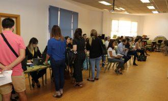 850 persones participen en la Fira de l'Ocupació de Torrent