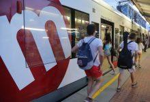 Metrovalencia se refuerza para asistir a la Nit a la Mar