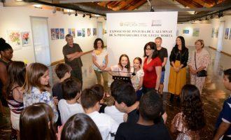 Alumnat de Primària del CEIP L'Horta exposa les seues pintures al Museu de la Rajoleria de Paiporta