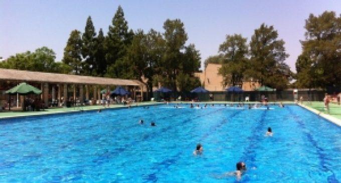 La piscina d'estiu de Massamagrell obrirà per la nit al juliol