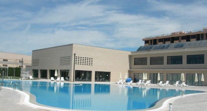 Gaudeix de la temporada de bany en la piscina municipal d'Alfafar