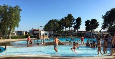 La piscina municipal de Catarroja ya está abierta para la temporada de verano