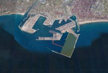 El Port de València es reobri al trànsit marítim