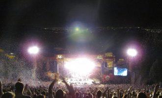 """Una """"cláusula abusiva"""" común entre los festivales: prohibir la entrada de comida y bebida"""