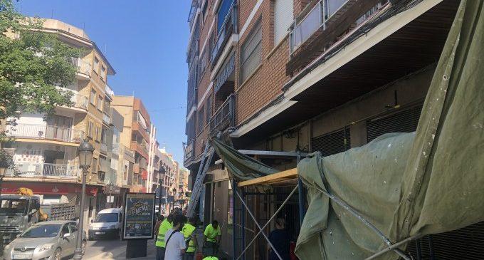 La Calle Mayor de Paterna comienza a 'vestirse' para la Cordà