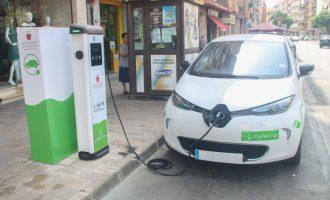 La Comunitat ja supera en un 50% l'objectiu de punts de recàrrega de vehicles elèctrics previst en el Pla de Mobilitat Elèctrica per a 2020