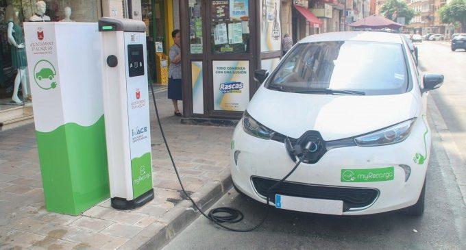 Alaquàs instal·la el primer punt de recàrrega gratuït per a vehicles elèctrics