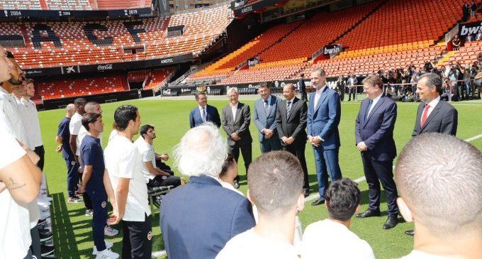 El Rei Felip VI visita al València Club de Futbol amb motiu del centenari