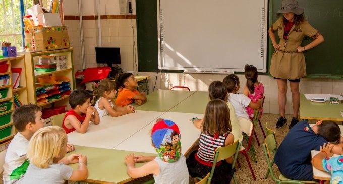 Els campaments municipals allotgen a més de 200 xiquets i joves de Mislata