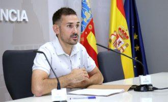 """Campillo assumeix la vicealcaldía """"amb els peus en la terra"""" i augura una """"convivència magnífica"""" amb el PSPV"""